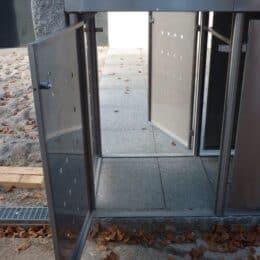 Durchgangstür