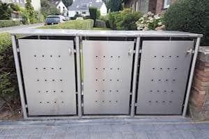 3er Muelltonnenbox Edelstahl Rundpfosten
