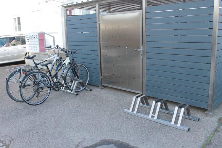 garage f r fahrrad fahrradunterstand von zaun fackler m nchen. Black Bedroom Furniture Sets. Home Design Ideas