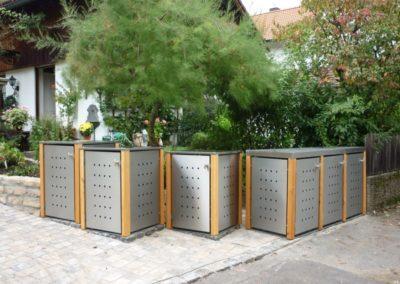 1er Mülltonnenbox Edelstahl Lärchepfosten