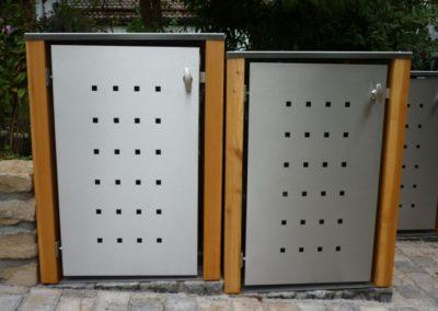 1er Mülltonnenbox Edelstahl Lärchepfosten Flachdach