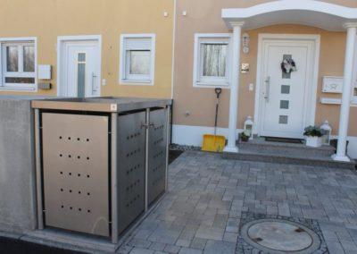 2er Mülltonnenbox Edelstahl Rundpfosten Pflanzdach seitlich