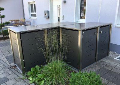 2er Mülltonnenbox Edelstahl Vierkantpfosten Flachdach Anthrazit Rückseite