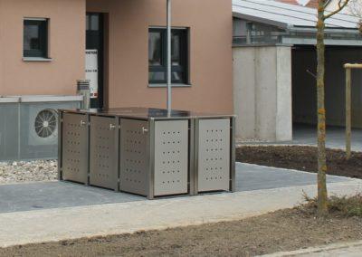 3er Mülltonnenbox Edelstahl Vierkantpfosten Block