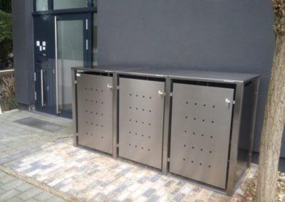Mülltonnenbox Edelstahl Vierkantpfosten Flachdach Front