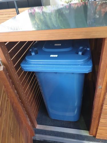 Mülltonnenbox Klappdach cognac