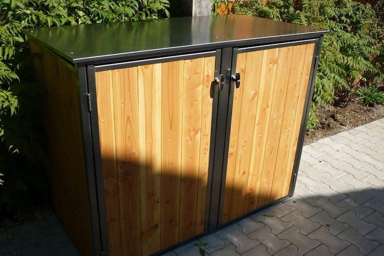 2er Mülltonnenbox Lärche vertikale Lattung Flachdach