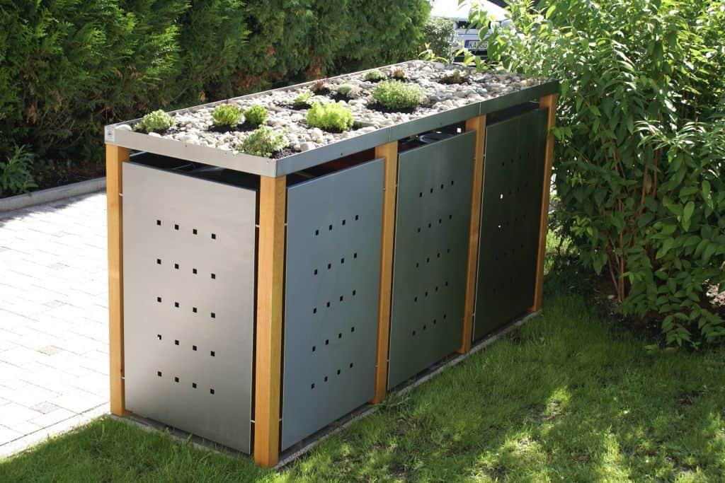 3er Mülltonnenbox Lärchepfosten Pflanzdach