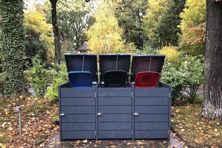 3er Mülltonnenbox Metall Farbe Klappdach offen