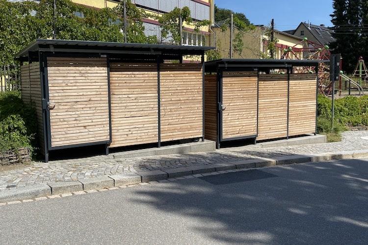 Mülltonnenhaus aus Lärche